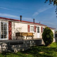 Hotel Pictures: Chaletparc Krabbenkreek - Chalet 6, Sint Annaland
