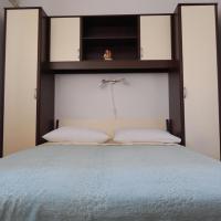Zdjęcia hotelu: Double Room Stari Grad 14831b, Stari Grad