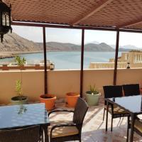 Hotel Pictures: Al Ayjah Plaza Hotel, Sur