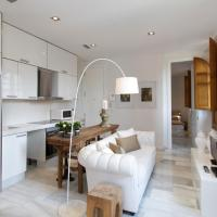 Deluxe Two-Bedroom Apartment with Terrace - Encolom 12