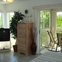 ホテル写真: Cove At Sandy Pointe Three Bedroom Apartment, 111, Holmes Beach