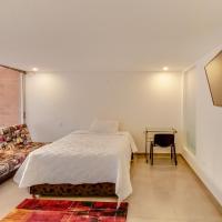 Hotel Pictures: La Frontera 102, Medellín