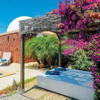Hotel Pictures: Casa Laia Y Erika, Santa Eularia des Riu