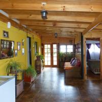 Hotel Pictures: Hostal Berta, Los Andes