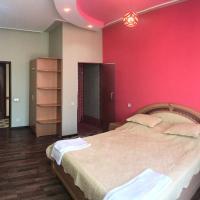 Фотографии отеля: Апартамент люкс, Душанбе
