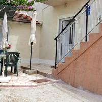 Hotel Pictures: Apartment Poljica 4893b, Marina