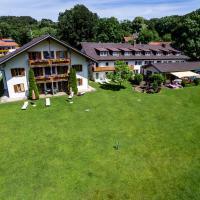 Hotelbilleder: Landhotel Huber am See, Oberambach