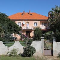 Hotel Pictures: Apartment Privlaka 5747c, Privlaka