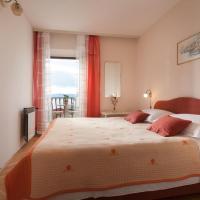 Hotelbilleder: Double Room Podgora 2623a, Podgora