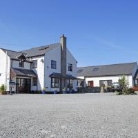 Hotel Pictures: Blackthorn Farm, Holyhead