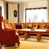 Hotelbilleder: Grosses-sonniges-Apartment-Baden-Schwarzwald-Pfalz-Frankreich-Baden-Baden, Muggensturm