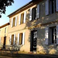 Hotel Pictures: Chambres d'Hôtes Château Rolin Haut Briand, Vérac