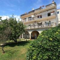 Hotellikuvia: Apartment Novi Vinodolski 11423b, Novi Vinodolski
