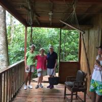 Hotel Pictures: Jungle Treehouse, Guayabal