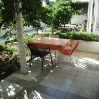 Foto Hotel: Triple Room Jelsa 127b, Jelsa (Gelsa)