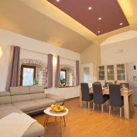 酒店图片: Apartment Jelsa 8713b, 耶尔萨