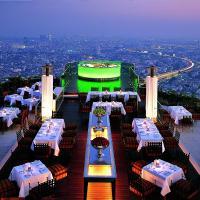 Foto Hotel: lebua at State Tower, Bangkok