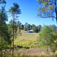 Foto Hotel: Bunya Creek Farm Stay, Brooloo
