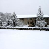 Hotel Pictures: L'Orri del Pallars, Montardit