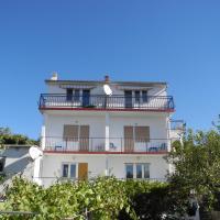 Hotel Pictures: BUTO br. 2 (2+2 pax), Crikvenica