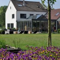 Hotel Pictures: B&B De Boerderie, Beverlo