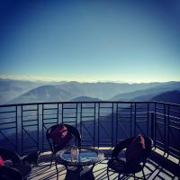 Fotos do Hotel: The Cloudberry, cozy 2 bhk flat, super views, Shimla