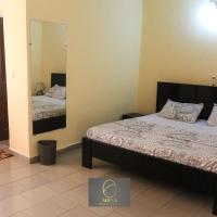 Hotel Pictures: Aoina Guesthouse, Abidjan
