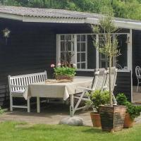 Photos de l'hôtel: Three-Bedroom Holiday Home in Hals, Hals