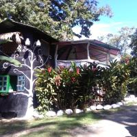 Hotel Pictures: Maya Hostel, Cocles