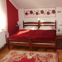 Fotografie hotelů: Twin Room Knezevi Vinogradi 15024d, Kneževi Vinogradi