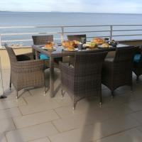 Фотографии отеля: Spacious Penthouse in Rruga Butrinti, Mango Beach, Çukë