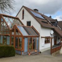 Hotelbilleder: Ferienwohnung Loogher Mühle, Kerpen
