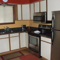 Two Bedroom with Two Bathrooms - Lakeside