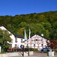 Hotelbilleder: Zum blauen Hecht, Kipfenberg