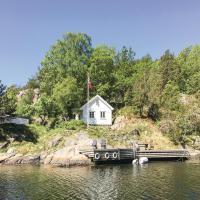 Hotellbilder: Three-Bedroom Holiday Home in Kristiansand, Kristiansand