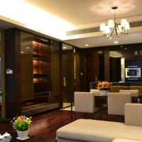 Poly World Trade Centre Apartment - YiCheng