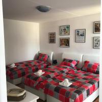 Hotel Pictures: Happy apartment, Sarajevo