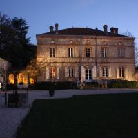 Hotel Pictures: Château de l'Oiselinière, Gorges