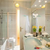Superior Double Room with Balcony and Bath