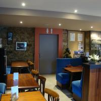 Hotel Pictures: Le Cadoudal, Auray