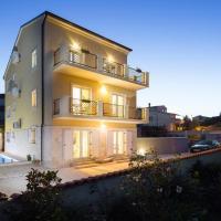 Hotellbilder: Apartment Liznjan 15151b, Ližnjan