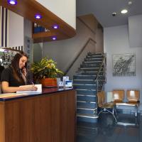Hotel Pictures: Hotel La Polar, Gijón