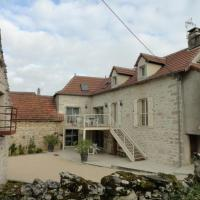 Hotel Pictures: House La tarallioune, Saint-Jean-de-Laur