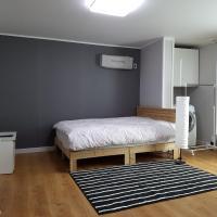 Zdjęcia hotelu: Lovely House, Iksan