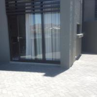 Hotellikuvia: Elegant Apartment at Grove Mall, Windhoek