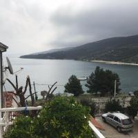 Hotel Pictures: Apartments Vlado, Marina