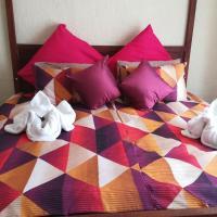 Hotellikuvia: Anns chalet and camping, Kamanjab
