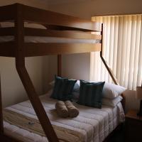 Hotel Pictures: Seaspray Beach Holiday Park, Dongara