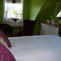 Hotel Pictures: June's B&B By the Sea, Malignant Cove