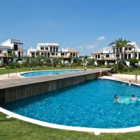 Hotel Pictures: Casa 30 Great Pools,Beach & Seaview, L'Ampolla